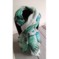 grote omslagdoek/ sjaal in groene tinten