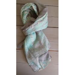 turquoise met grijs en beige bewerkte sjaal