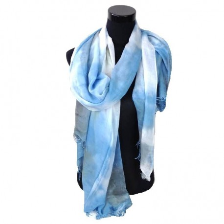 wit, blauw grijse sjaal overlopende in kleuren