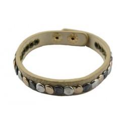 licht grijs/ groen armband met studs.